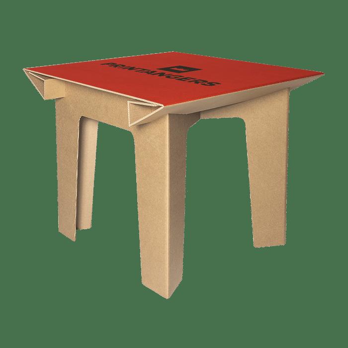 tavolo e sedia in cartone